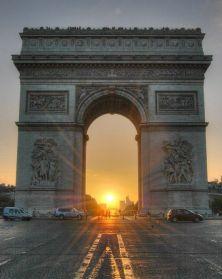 french 32 - arc de triomphe