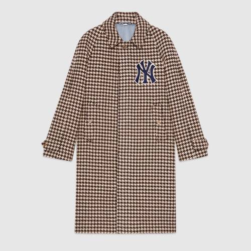 541125_Z439F_1960_001_100_0000_Light-Mens-coat-with-NY-Yankees-patches