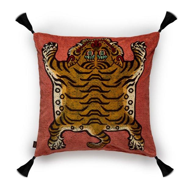 saber cushion - pink